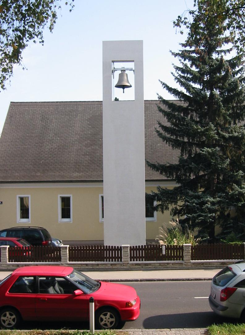 Neubau eines Glockenturmes, 2001-2002, realisiert